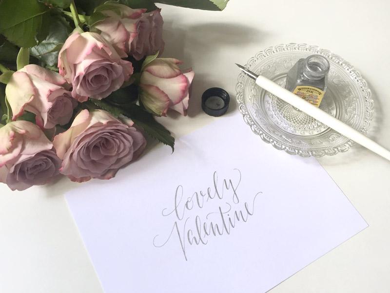 Berlin-Kalligraphie: Spruch zum Valentinstag Lovely Valentine